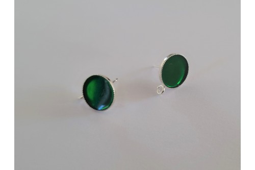 clou d'oreille émaillé vert diamètre 10 mm